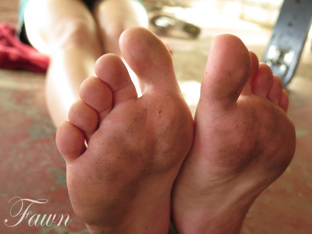 Los Angeles Foot Fetish, Los Angeles Foot Domme, Los Angeles Foot worship, Los Angeles foot sessions